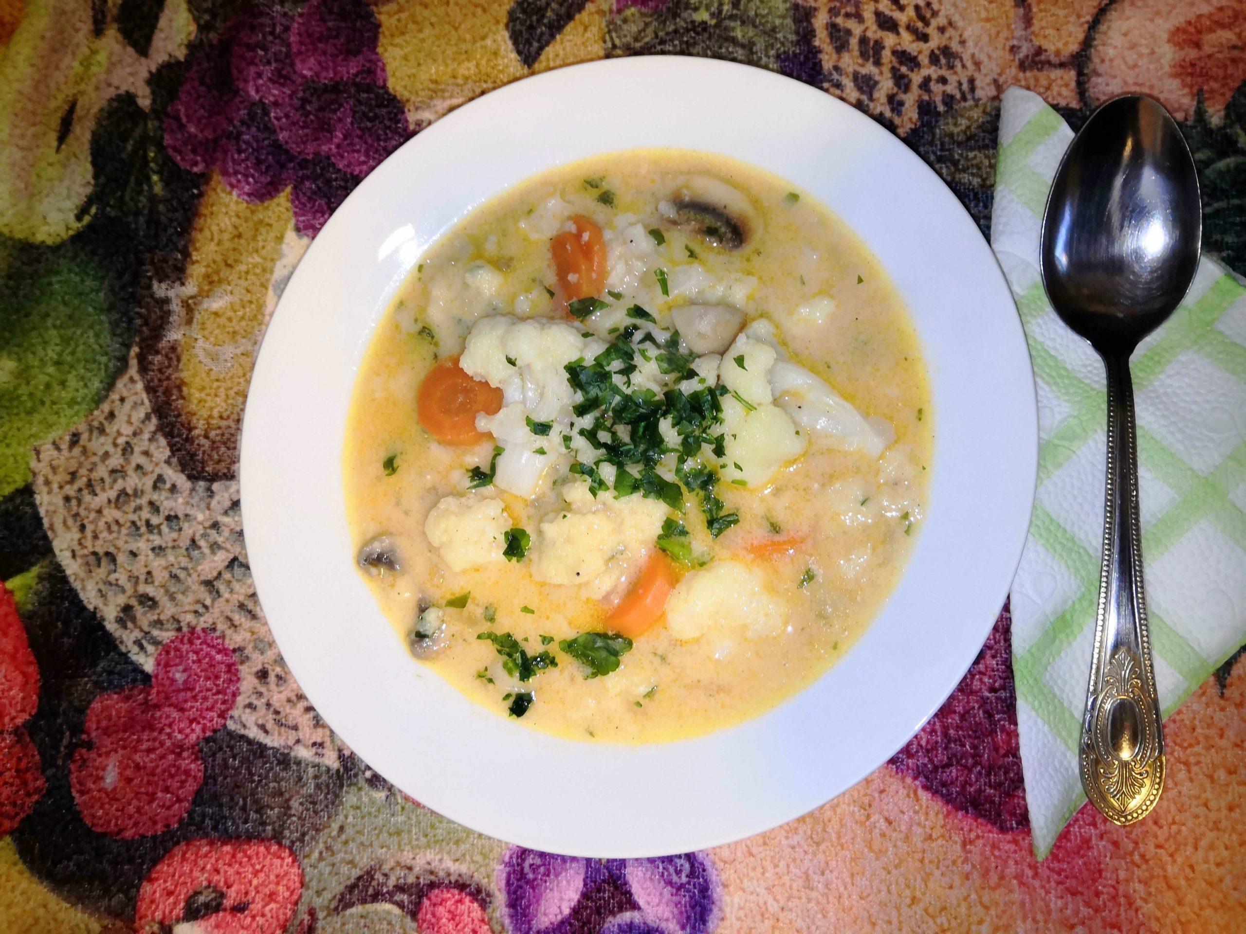 Karfiol leves vajas galuskával